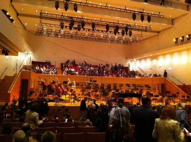 Avant le concert à la Salle Pleyel